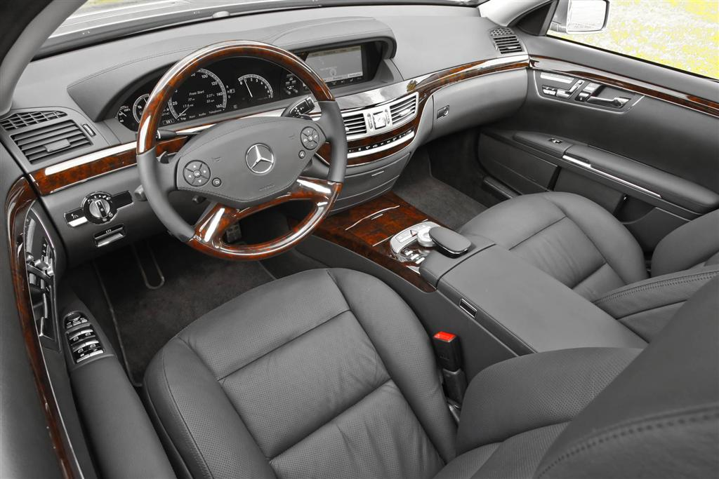 Mercedes benz s500 for Mercedes benz s550 4matic 2010