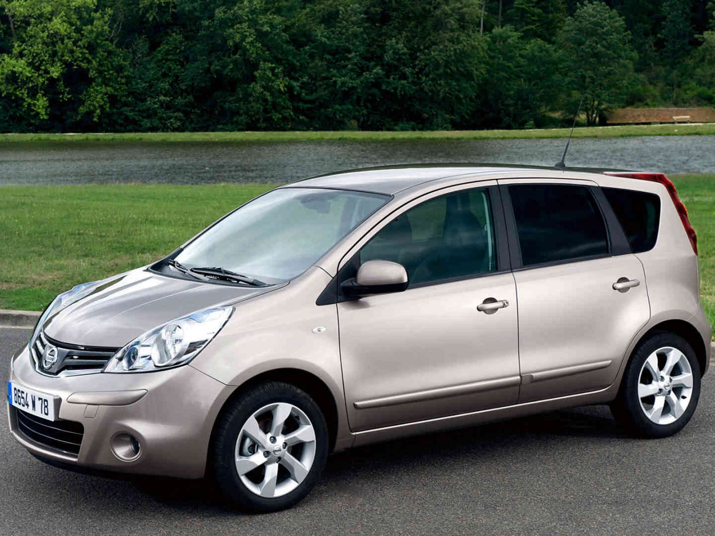 фото Nissan Note 2008 г.